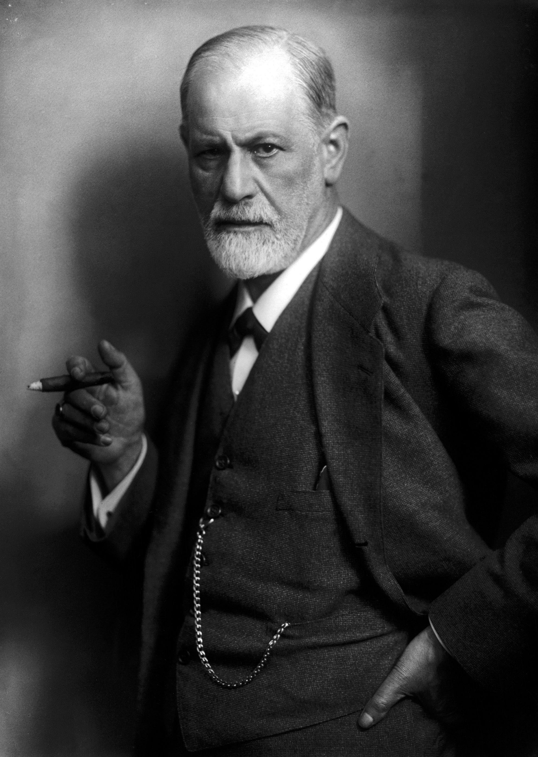 Sigmund Freud - By Max Halberstadt[1] (1882-1940) [Public domain], via Wikimedia Commons http://commons.wikimedia.org/wiki/File%3ASigmund_Freud_LIFE.jpg