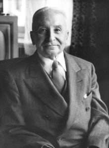Ludwig von Mises Institute [CC BY-SA 3.0 (http://creativecommons.org/licenses/by-sa/3.0/)]